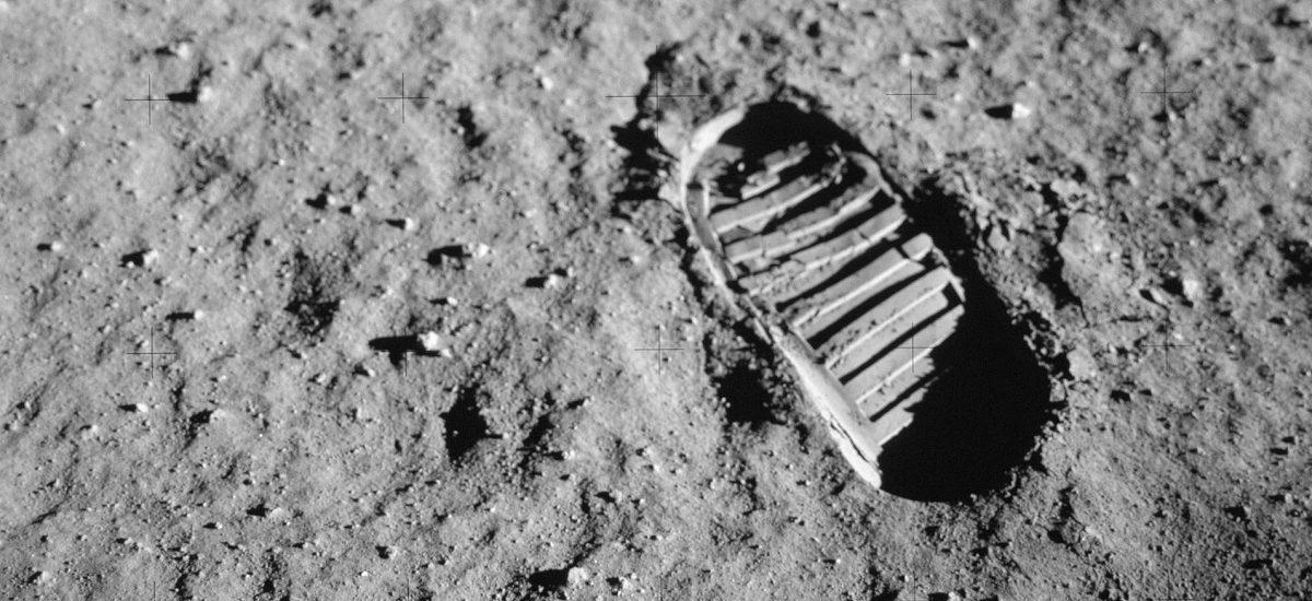 Spomenik misije Apolo 11: Otisci ljudskih stopa na Mesecu će trajati sto hiljada godina